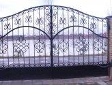 Порядок установки кованых ворот