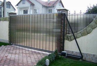 Установка откатных ворот на роликах