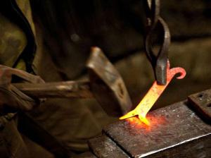 Горячая ковка элементов