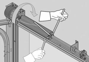 Регулировка натяжения пружины