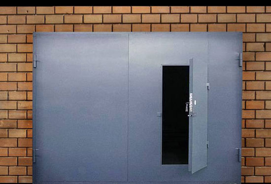 Ворота металлические гаражные