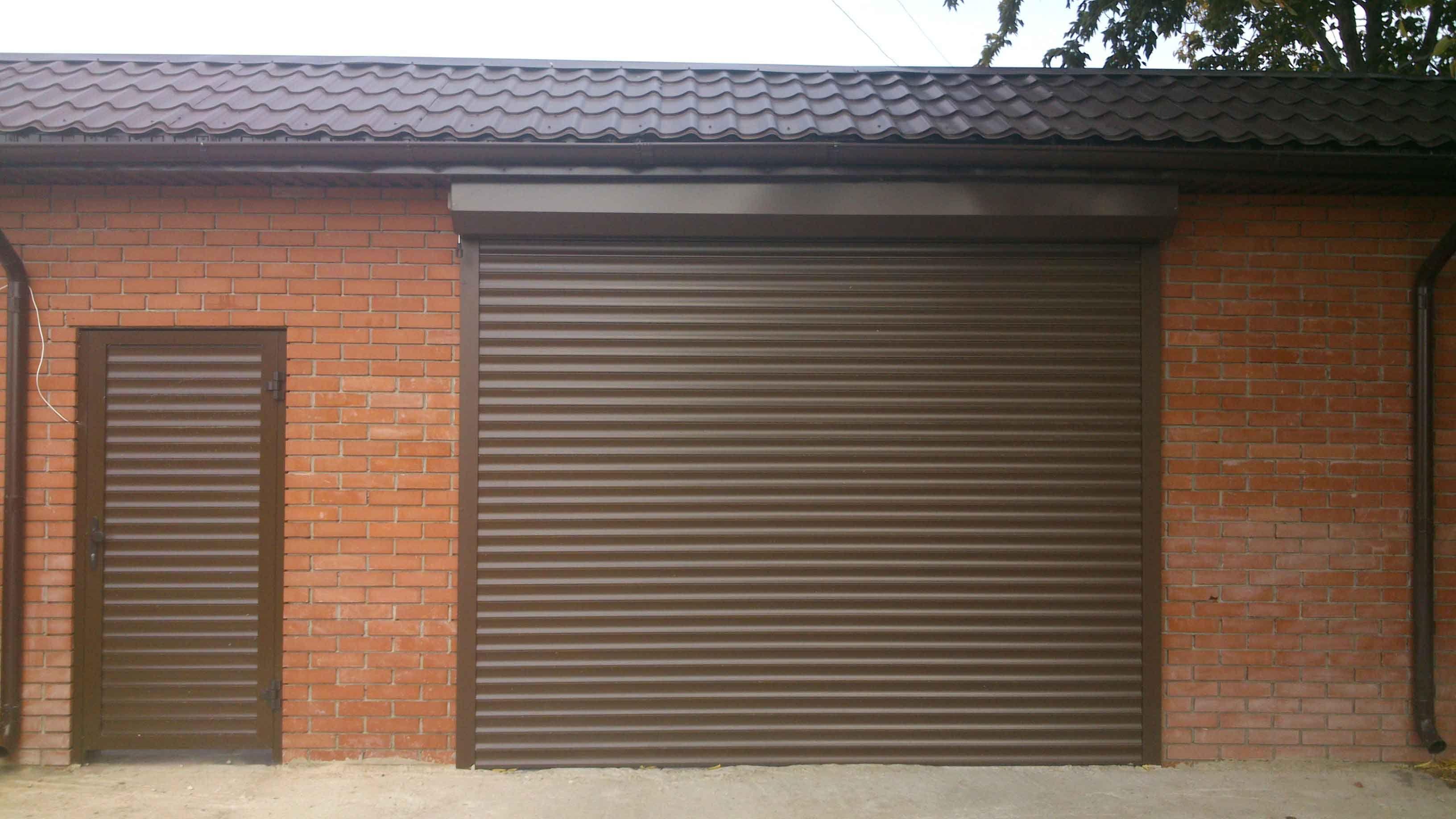 Секционные ворота для гаража: размеры, цены, фото