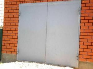 Утеплить распашные ворота