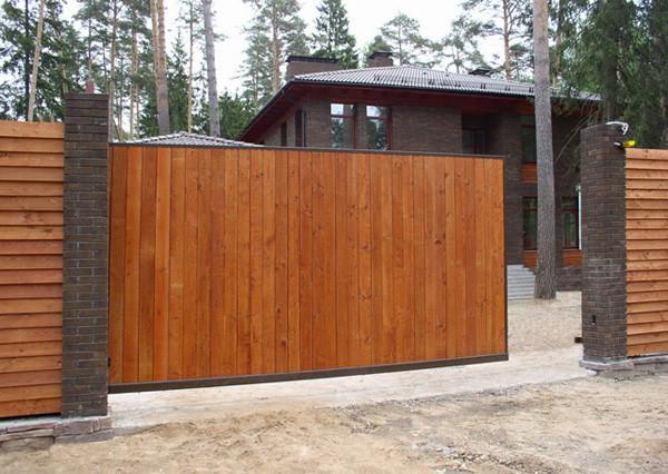 Делаю ворота на даче из дерева