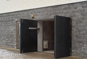 Автоматические ворота можно использовать в условиях узкого пространства