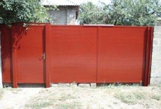 Ворота металлические распашные. Как смастерить собственноручно?