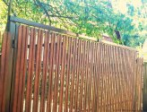 Установка ворот с калиткой из штакетника на даче